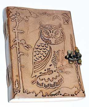"5"" X 7"" Owl In Jungle Leather W/ Latch"