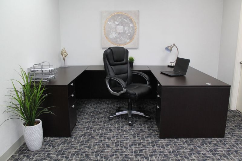"Boss ""Ntr"" Executive Leatherplus Chair"
