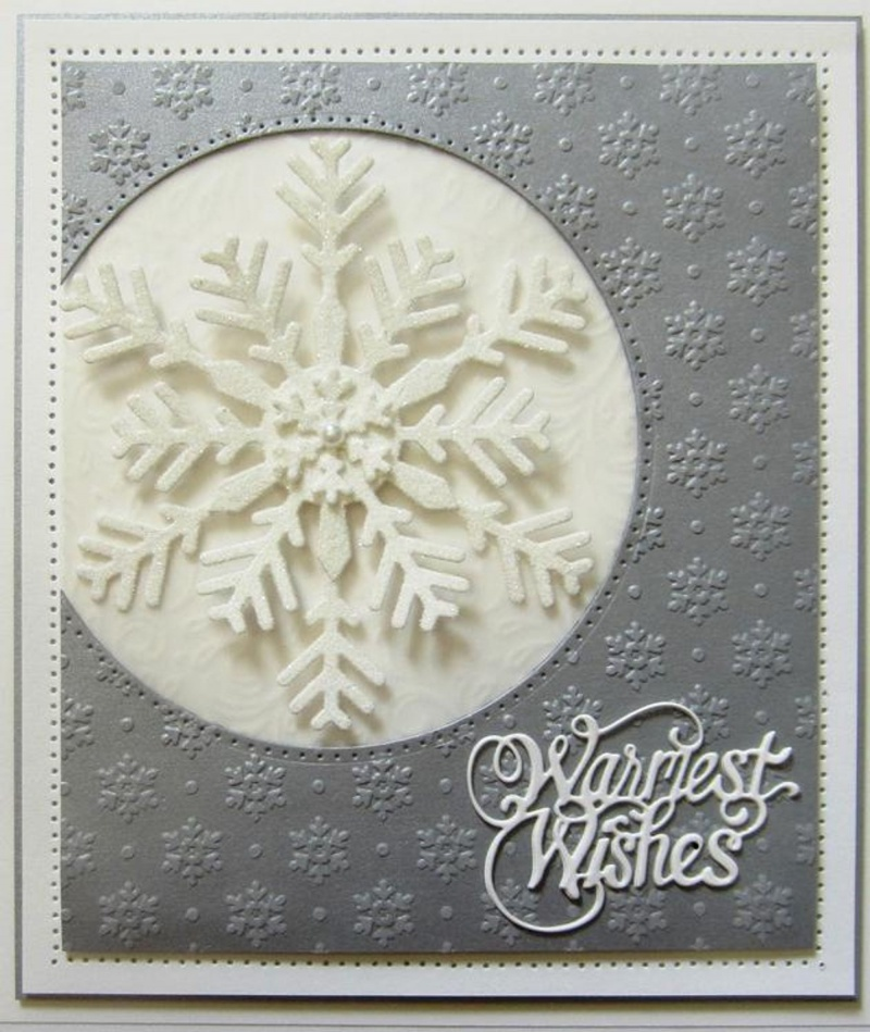 Festive Collection Bold Snowflake Flurry