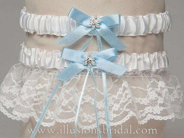 Illusions Bridal Garters and Purses 1009