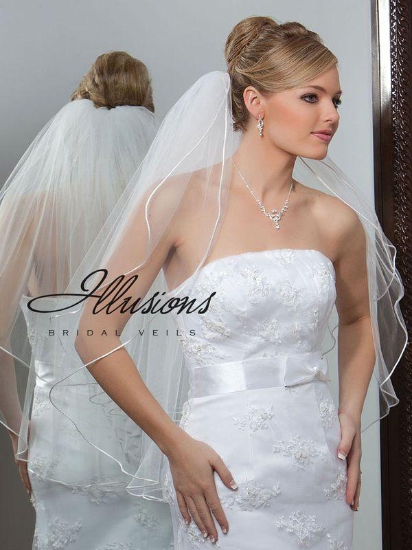 Illusions Bridal Rattail Edge Veil 1-302-RT: Pearl Accent