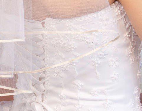 Illusions Bridal Colored Veils and Edges: Pum Pink Ribbon Edge