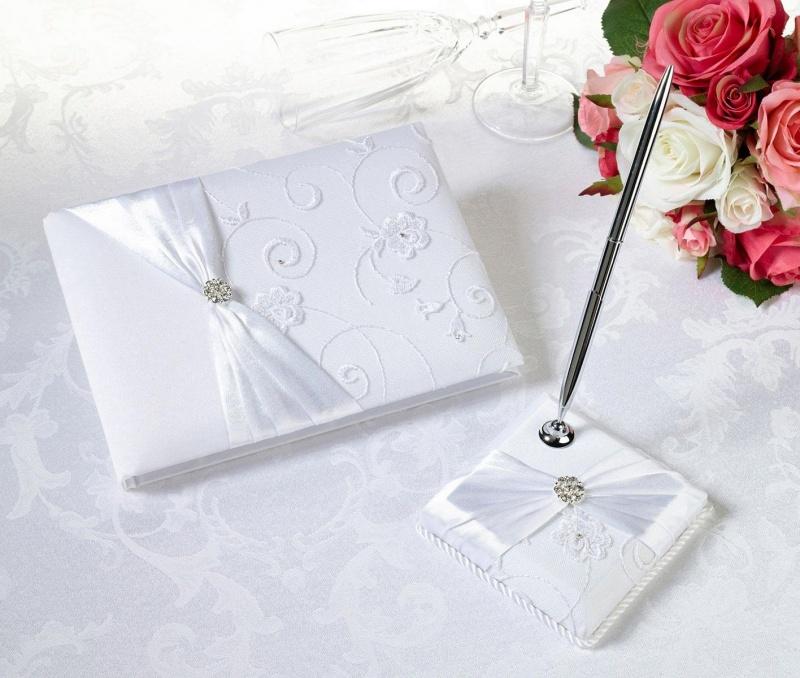 White Lace Guest Book & Pen Set
