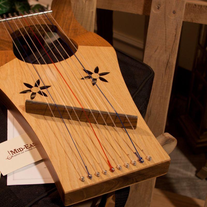 Mid-East Mini Kinnor Harp - Light - Walnut -No Case