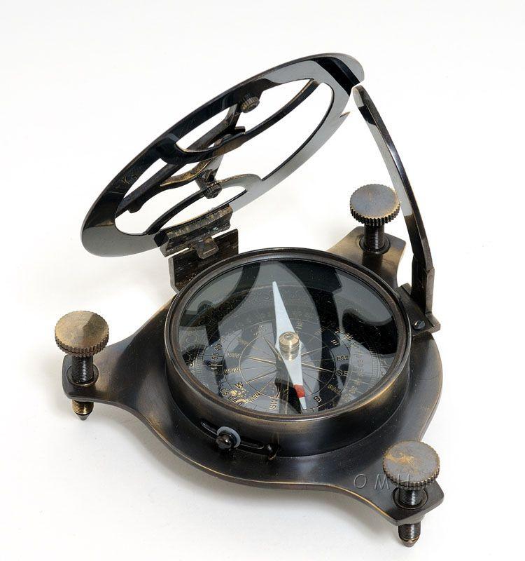 Sundial Compass In Wood Box (Medium)