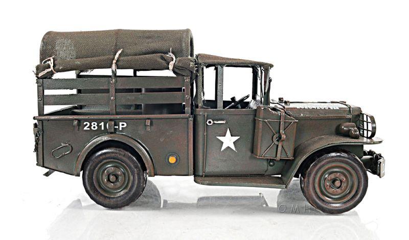 Vintage Dodge M42 Command
