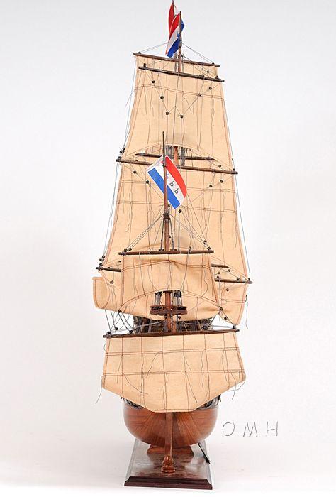 Friesland Medium