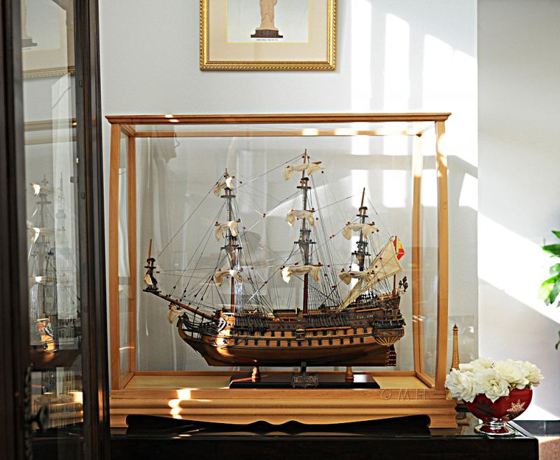 Display Case For Midsize Tall Ship Clear Finish