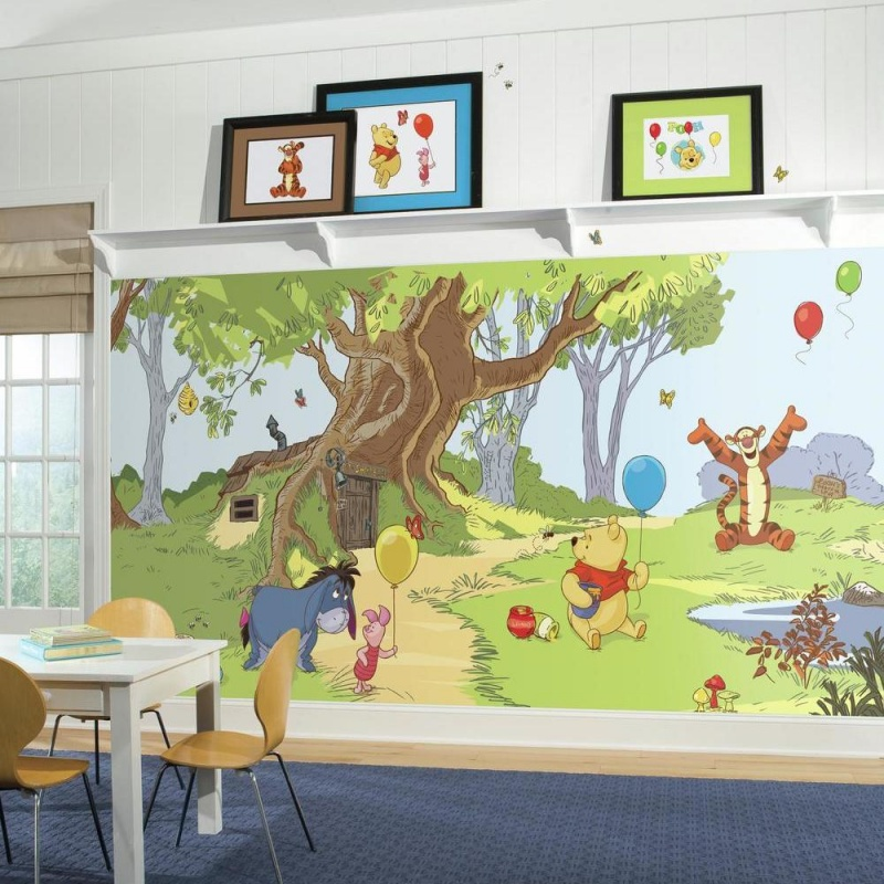 Pooh & Friends Xl Spray And Stick Wallpaper Mural
