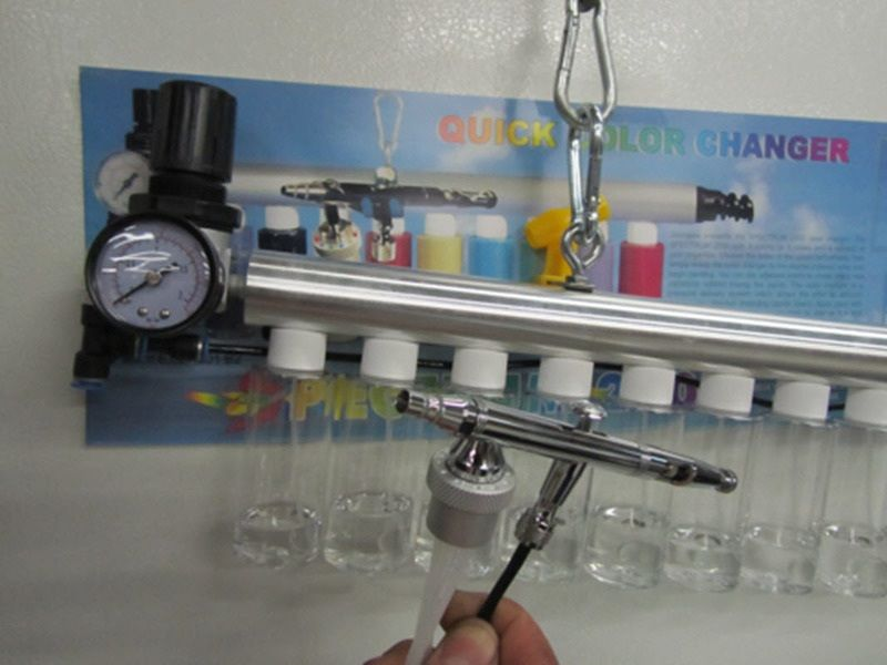 Silentaire Spectrum 2012 Quick Color Changer with Integrated Airbrush