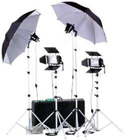 Smith-Victor K79/401472 4-Light 3200-watt Professional Set Lighting Kit